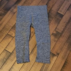Athletic Works black and grey crop exercise tights